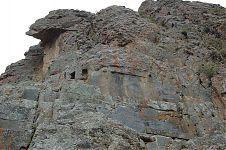 Изрезанная скала в секторе Храм Кондора (фото - http://www.lah.ru/expedition/peru2007-2/08ollaytaitambo.htm автор - Лаборатория Альтернативной истории)
