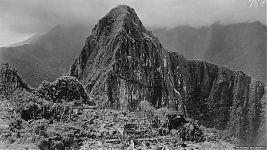 Рис.1.3 Мачу Пикчу в 1912 году. (фото - http://pixanews.com/history/redkie-fotografii-machu-pikchu.html)